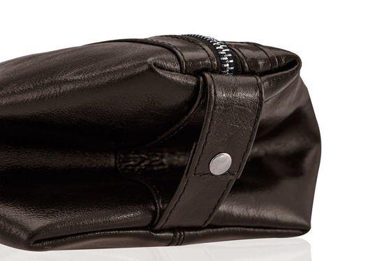 450d0d3d4f31 Elegant leather men's beauty bag SOLIER PERTH