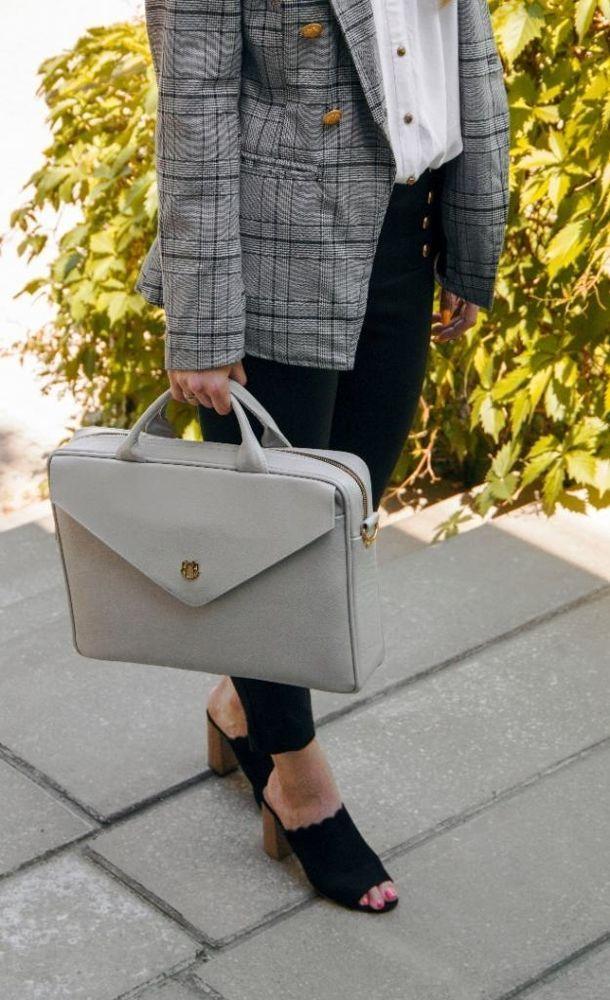 4e0eb57aeff89 Skórzana torba na laptopa FL14 Rimini jasny szary - hurtownia ...